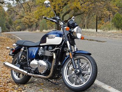 Bonneville: Two Wheeled Rock&Roll