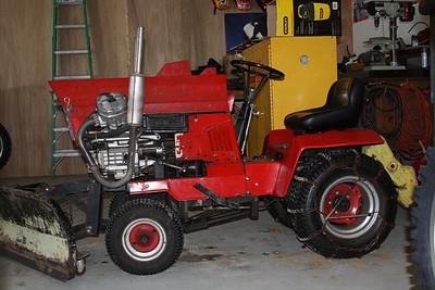 CX500 powered lawnmower