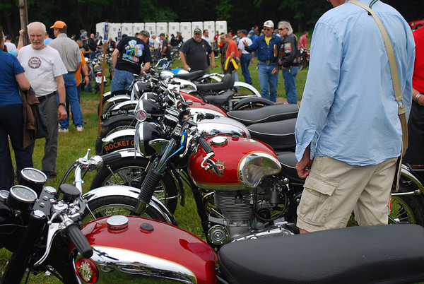 British & European Classic Motorcycle Day 2010 - 1