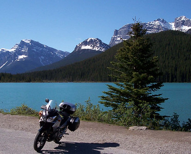 A lake along the Icefield Parkway.