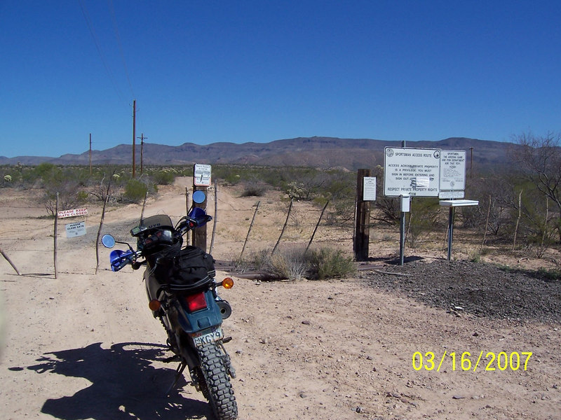 On the way out I saw a road to the north shortly after Aravaipa Road turns back to pavement. It had a State Trust Land warning and a sign-in station. I decided to see where it led.