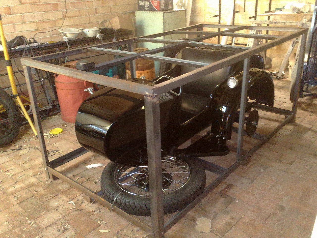 A useful frame to hold the sidecar for transport.