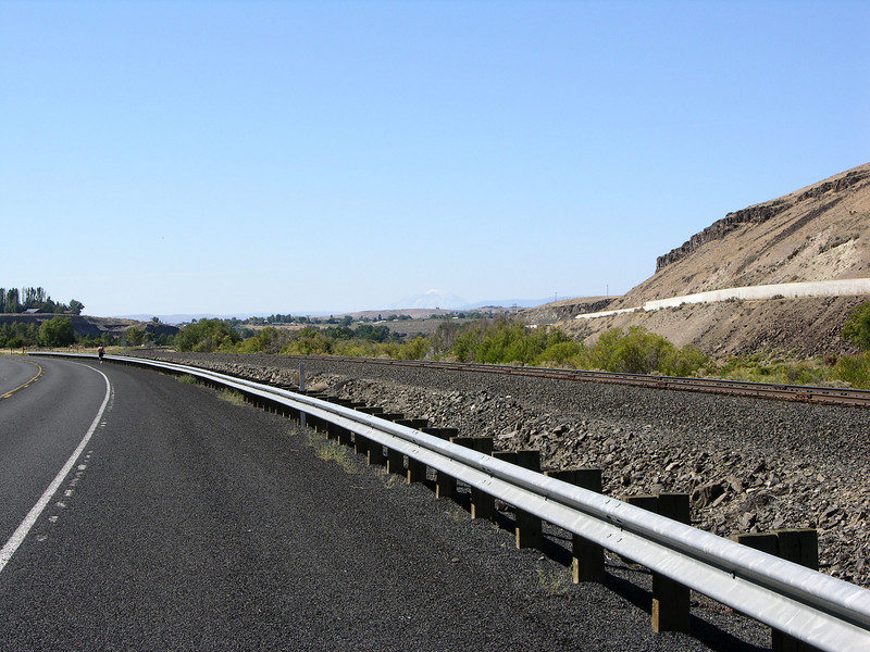 WA-821, the Yakima Canyon Highway.