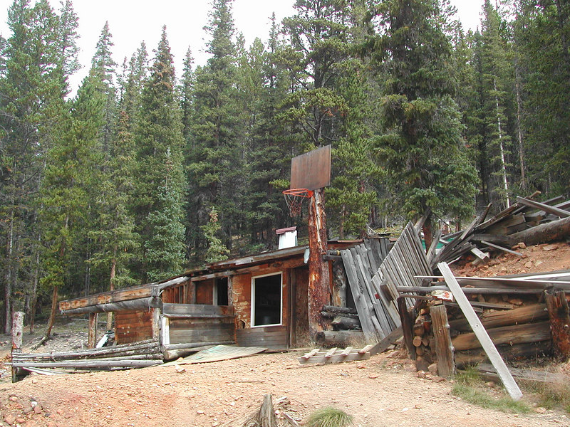 An old mining camp at the bottom of Webster, turning into a jeep <br /> party shack...