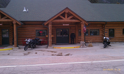 Glen Echo Lodge, Bellvue, Colorado   http://www.glenechoresort.com/