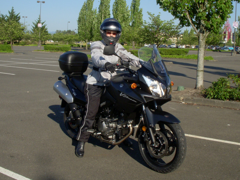 Anitra's V-Strom. This was with the OEM seat.