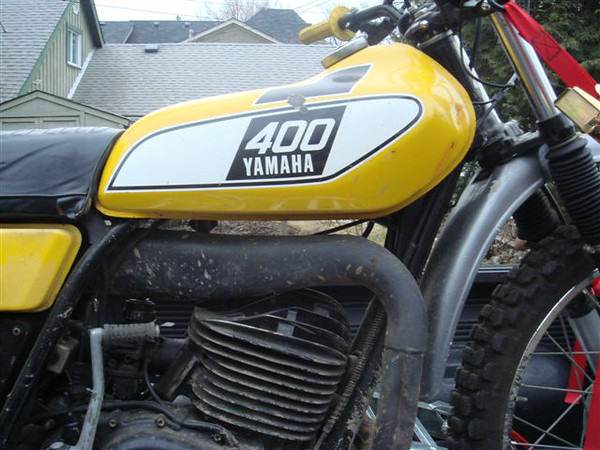 As purchased, 1976 DT400C. Picking it up at Gord's- Paris Rally weekend 2010.