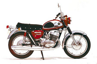 "1968 Suzuki 500/5 (later called the T500 in the USA) 'The bike that couldn't be built'       <a href=""http://www.ozebook.com/compendium/t500.htm"">http://www.ozebook.com/compendium/t500.htm</a> Rode this while in the USN San Diego."