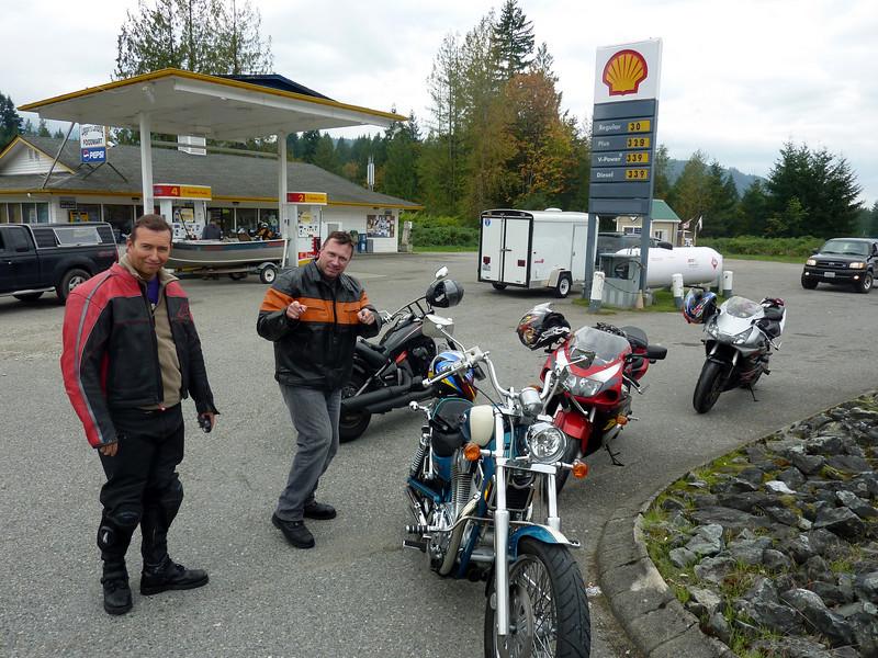 Darren Joe Mike Steve Epic 425 mile Bike Ride 001-10
