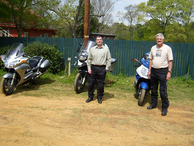 3/22/09 400+ mile East Texas ride. Lunch at The Shed in Edom. Marc Dupuis and Bob Gardere at The Shed.