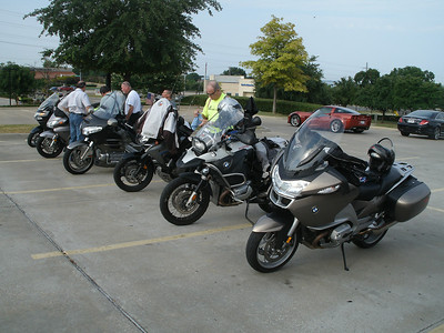 Getting ready to leave the Starbucks in Rockwall.  We had Steve, Frank, James, Jim, me, Bob, and Ben for the ride.