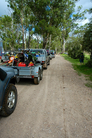 Finally we were all ready, and able, to leave. Two wheel drives at the front, no one gets left behind.