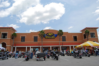 40: J&P Cycles Coastal Cruise Motorcycles and Hot Rod Gathering