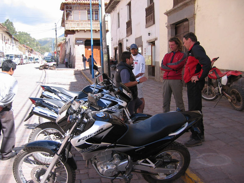 Alex, owner of Perumototours.com chats with Uwe Krauss and Helmie Paulissen before Uwe, Helmie and I head out for a little 250km jaunt in the Andes on 3 brand new Brazilian-made Honda NX400 dual sport bikes. Alex loaned us the bikes per an arrangement he had with Uwe. Very nice guy. Visit them next time you are in Cusco!