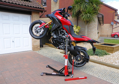 2/3: The best addition to my garage/workshop ever!......the Abba Sky Lift.....A-MAZE-ING!! The ultimate bike lift / motorcycle stand for your Multistrada 1200! http://abbastands.co.uk