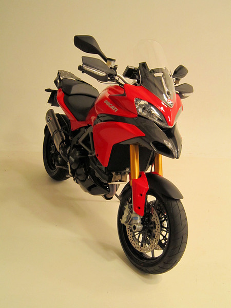 My Multistrada 1200S Sport, 17Oct2010 - got invited to take my bike along to a photo shoot, one my photos....'pro' shots to come!