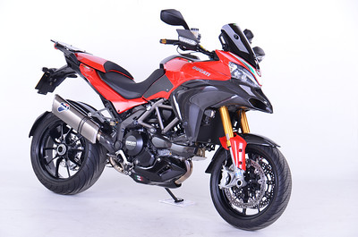 NB: Info on my bike here: Andy's Custom Multistrada 1200 / MTS1200 bits! June 2013 - time for a photoshoot update with my Multistrada 1200S Sport (2010). Many thanks to Doug at Gosh Photography (Weston Super Mare, Somerset) for accomodating me at very short notice. The photos here are all pretty much straight from the camera i.e. no Photoshop cleaning up or tweaking.  http://www.goshphotography.co.uk/