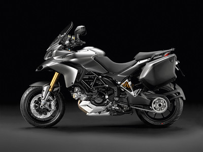 Multistrada 1200S Tourer 2012 Titanium (grey!)