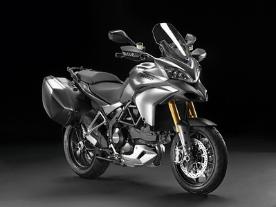 Multistrada 1200 S Tourer 2012 Titanium (grey!)