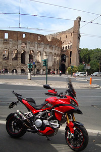 Photo by Greek Multistrada 1200 owner/rider Eleftherios Spourgitis (aka Teris!) - Teris visits Italy....OPPOSITE THE COLOSSEUM AT ROME