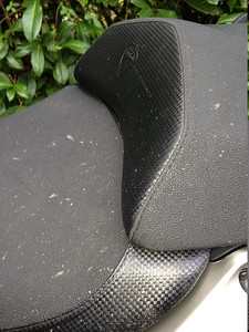 Multistrada 2010 verses Multistrada 2012 seats_touring_2010 These are the 2010 touring seats, not the standard ones. Thing to look at is more pronounced hump for pillion. Also note overlap of seats compared to 2012 seats.