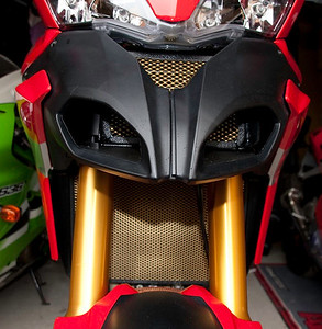 Multistrada 1200 Radiator & Oil Cooler Guards (protection) - 'Mikes Grilles'  http://www.mikesgrilles.com Photo by Ducatisti.co.uk member 'Mario'