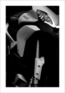 A great shot by Belgian rider Rino D of his Multistrada 1200S Touring after a ride in the rain