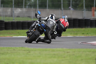 Track day - Ducati.MS member 'motocow' (aka Bill) gets his knee down on the Multistrada 1200   See: Multistrada 1200 Info & Resources