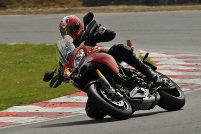 Ducatisti.co.uk member 'GS Rod' first track day on the Multistrada 1200, Brands Hatch Indy circuit. More details here