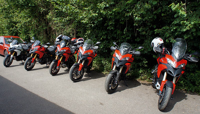 2/9: Multistrada 1200 owners - Popham Airfield Sat 11 August 2012: 5 red and one white (AndyW,  Kirky, doodle, Longwayhome, Coman and Bugsbunny). Small numbers again, short notice of meet and a Saturday. First rideout, short trip from the Airfield cross country to Snells Ducati.