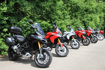 5 current owners and their bikes plus a couple of prospective owners came along....I think everyone was from Ducatisti.co.uk? Flock of Multistrada 1200's by Monty77 (aka John)