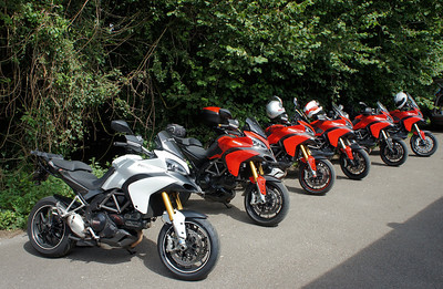 3/9: Multistrada 1200 owners - Popham Airfield Sat 11 August 2012: 5 red and one white (AndyW,  Kirky, doodle, Longwayhome, Coman and Bugsbunny). Small numbers again, short notice of meet and a Saturday. First rideout, short trip from the Airfield cross country to Snells Ducati.