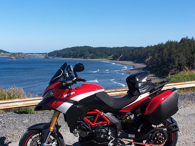 2/2 - Ducati.ms forum member GEE-BEE's 2011 Pikes Peak Multistrada 1200 - Oregon Gold Coast