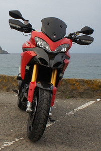 10/11 - AndyW's DIY shorty dark Multistrada 1200 screen.   See article HERE