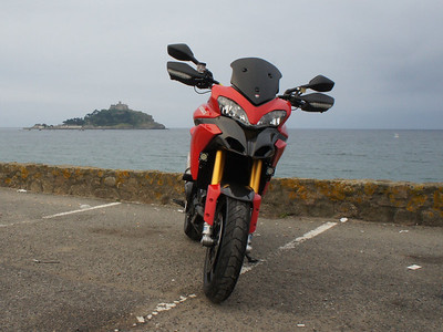 11/11 - AndyW's DIY shorty dark Multistrada 1200 screen.   See article HERE