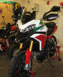 3/7: Multistrada 1200 Tricolore / Trikolore from www.italienische-motorraeder.de Photos by http://ducatimultistrada.eu member Gabi S aka 'Don' See:  Multistrada 1200 Info & Resources