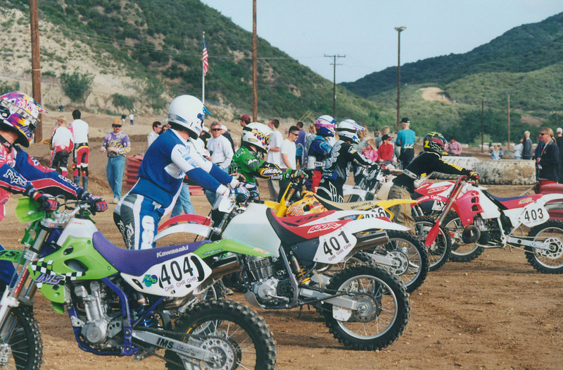 Start of the 1996 6 Hours of Glen Helen in San Bernadino, CA.