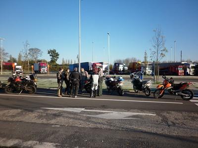 Samenkomst voor vertrek aan het Texaco tankstation op de E40 ter hoogte van Oud-Heverlee.