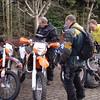 Parking Start.<br /> Marcel kreeg zijne KTM maar niet aan de praat bij de start. <br /> Reden?!?!? <br /> Zijn benzinekraan stond niet open?!?!?