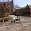 """Even stoppen aan Priorij Corsendonk in Oud-Turnhout.<br /> <a href=""""http://www.priorij-corsendonk.be/"""">http://www.priorij-corsendonk.be/</a>"""