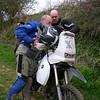 De tweede stop, Daniël en LucBoxer bekijken samen de GPS track (Foto PVDE).