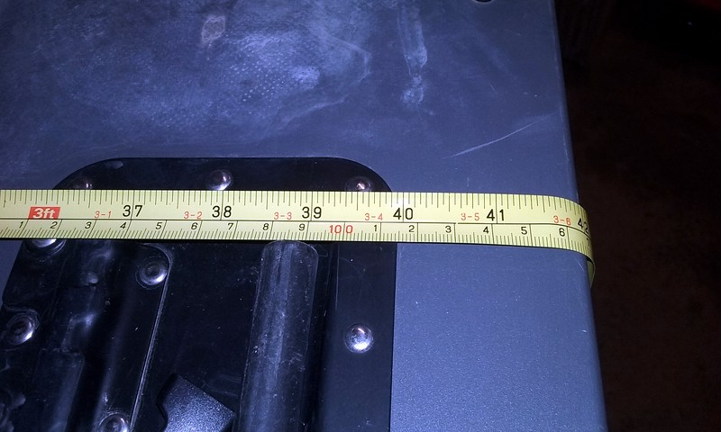 106.6 CM in width about 42 inches