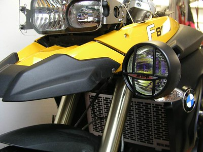 "F800GS LightBar   IPF S6313 4"" amber light Bar mounted in the lower position  LightGuard in the background"