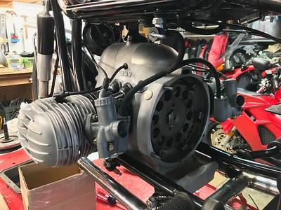rear main seal, clutch, oil sump, sidestand