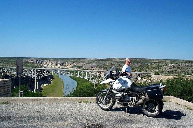 Recos River bridge.
