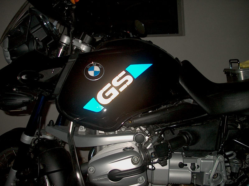 Reflective Blue & White Stickers on a Black bike, quite striking I thought.