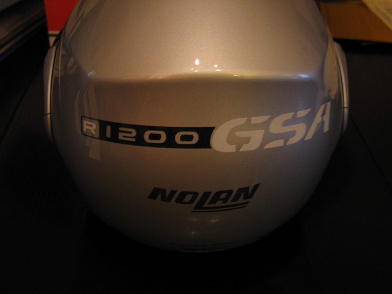 R1200GSA stickers.The same shot as the previous one,Shown here in Black & Silver reflective vinyl,this shot was taken without flash,this is how reflective vinyl appears in normal daylight conditions.