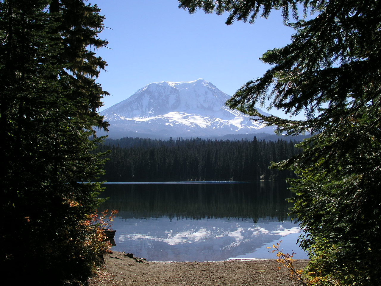 Takhlakh Lake, Mt Adams in the background