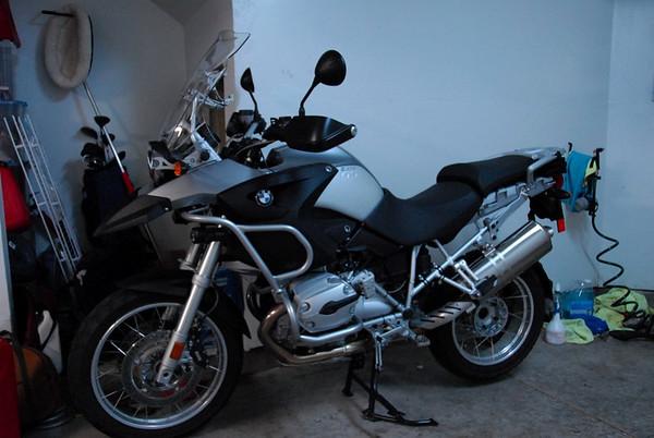 GS1200