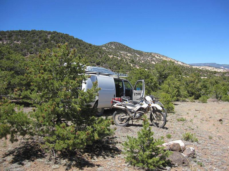 Today we explore a section of the Great Western Trail.  The goal is to link over to the Aquarius Plateau which is 20 miles total out and back.  It take us about 3.5 hours to complete this and explore a few side trails.  After the ride we run the van out Hatchery Rd. for 30 miles to link some way points.